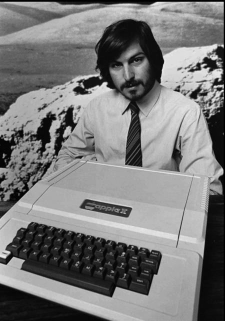 Стив Джобс представляет новый apple 2. 1977 год