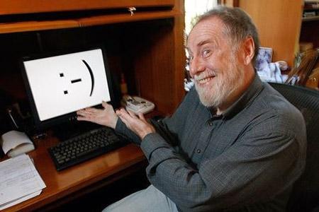 Скотт Элиот Фалман и его улыбающееся изобретение